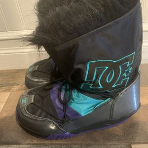 DC Girls Snow Boots for Sale in El Cajon, CA