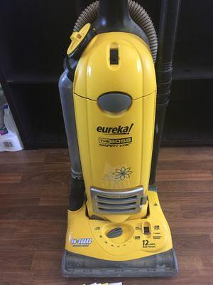 Eureka 4800 Series Vacuum Cleaner for Sale in Las Vegas, NV