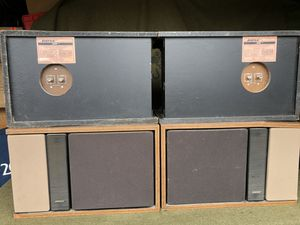 Bose~ 301 (4x) bookshelf speakers series 1&2 for parts or repair only (project speakersonly) for Sale in San Diego, CA