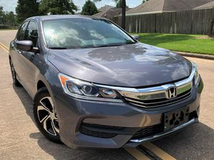 2017 HONDA ACCORD LX ! NO ACCIDENT ! LOW MILEAGE ! - $ 12, 900 CASH DEAL for Sale in Houston, TX