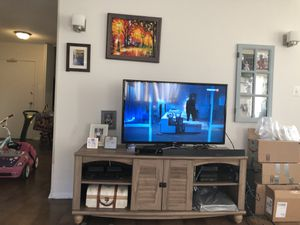 TV stand from Wayfair for Sale in Chevy Chase, MD
