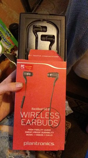 Plantronica wireless earbuds for Sale in San Bernardino, CA