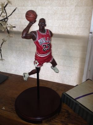 1998 Finals Last Shot,Upper Deck Pro Shots &1988 Slam Dunk Champion Historical Beginnings Figurine,Upper Deck Collectibles /Statues do not come with for Sale in Houston, TX