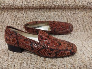 NEW Women's Size 8.5 N Sam and Libby Loafers [Retail $236] Snake Print Leather for Sale in Woodbridge, VA