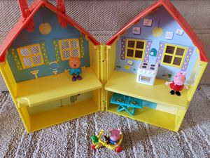 Peppa pig house for Sale in Downey, CA