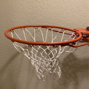 Outdoor Basketball Rim/Hoop for Sale in Everett, WA