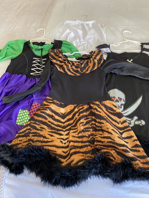 Halloween Costumes - Size Small for Sale in Pembroke Pines, FL