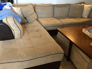 Free sectional sofa for Sale in Princeton, FL