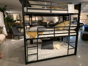 3 tier bunk bed (modern Home Furniture ) for Sale in Everett, WA