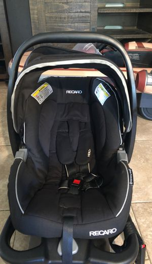 Recaro infant car seat with base FREE for Sale in Rancho Cucamonga, CA
