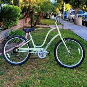 "Electra ""Townie 7D"" Step Through Beach Cruiser 7 Speed EXCELLENT CONDITIONS!!! for Sale in Whittier, CA"