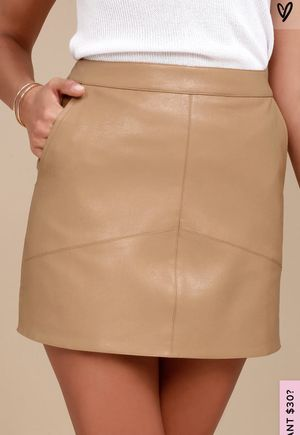 Lulu's Tan Vegan Leather Miniskirt for Sale in Lincoln, NE