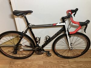 Large size trek gravel bike, ready to go for Sale in Pompano Beach, FL