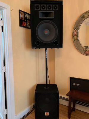 Rockville pro audio speakers with amp and wires for Sale in Queens, NY