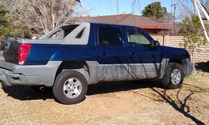 2002 Chevy avalanche runs great tags update for Sale in Hesperia, CA