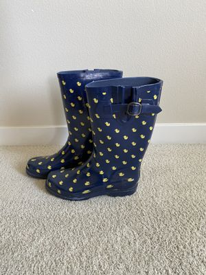 Size 7.5 Navy Blue Rubber Duck Rainboots for Sale in Redmond, WA