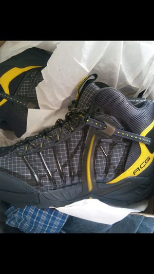 Acg boots size 13 for Sale in Oxon Hill, MD