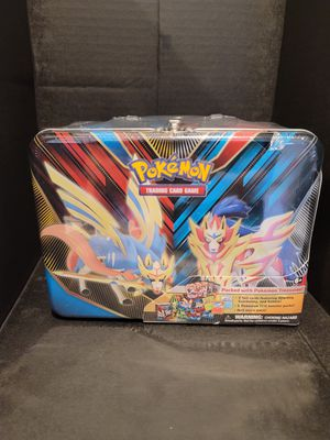 """Pokemon """"lunchbox"""" Tin guaranteed Evolutions Pack for Sale in Norwalk, CA"""