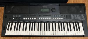 Yamaha keyboard 59 keys used for Sale in Miami, FL
