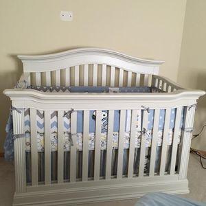 Crib (PENDING PICK UP) for Sale in Arlington, WA