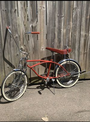 Old school LOWRIDER BIKE for Sale in Wethersfield, CT