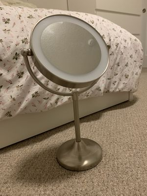 Double-Sided Vanity Mirror for Sale in Vancouver, WA