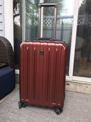 """Delsey Carry-On Spinner Luggage, Red Graphite, 20"""" Carbonite Hard for Sale in Watertown, MA"""