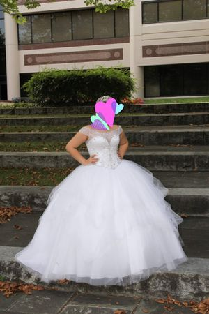 Quinceanera dress/ sweet 16 white for Sale in Morrisville, PA