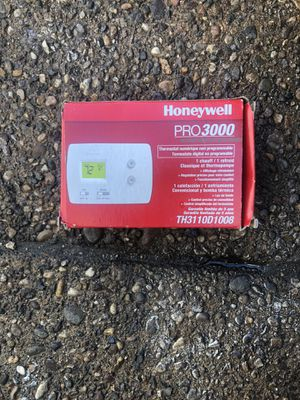 Honeywell pro 3000 thermostat for Sale in Philadelphia, PA