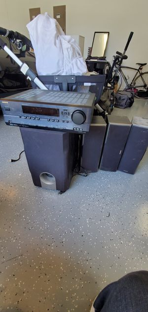Onkyo receiver, sub and 3 speakers for Sale in Allen, TX