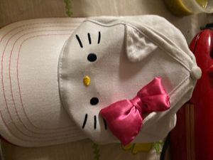 Hello kitty hat for Sale in Union City, CA