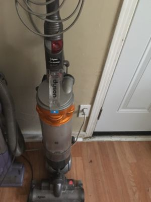 Dyson vacuum cleaner for Sale in League City, TX