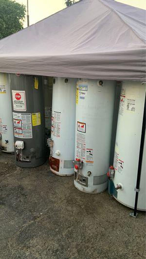 Water heater 30-40-50y 75 galones for Sale in Bloomington, CA