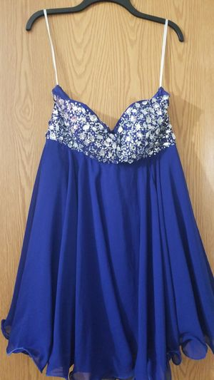 Royal blue dress/ blue dress/ homecoming dress / quinceanera dress for Sale in Palos Hills, IL