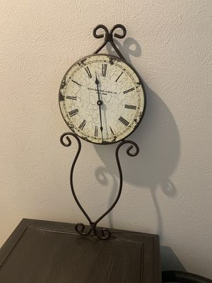 Antique styled clock for Sale in Richmond, TX