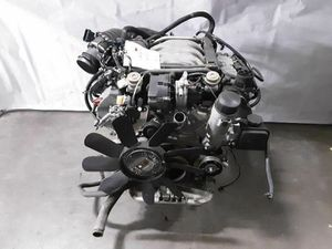 MERCEDES C-CLASS ENGINE MOTOR for Sale in Winston-Salem, NC