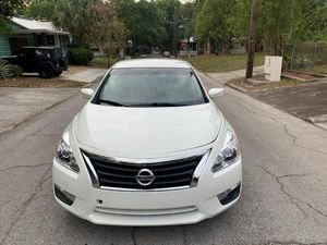 2013 Nissan Altima. 83k miles for Sale in Tampa, FL