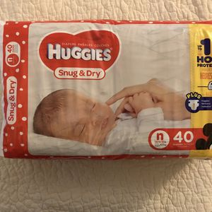 Huggies Snug & Dry Diapers, All Sizes for Sale in Bowie, MD