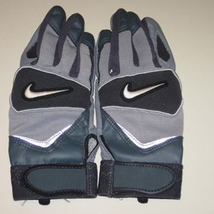 Youth Nike Baseball Batting Gloves for Sale in Shirley, NY