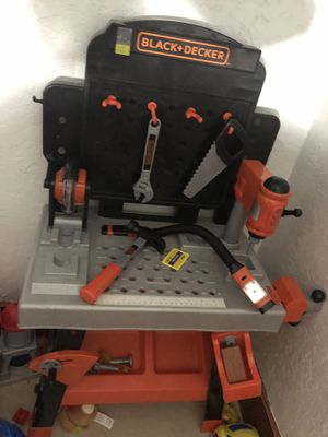 work bench toy for Sale in Pompano Beach, FL