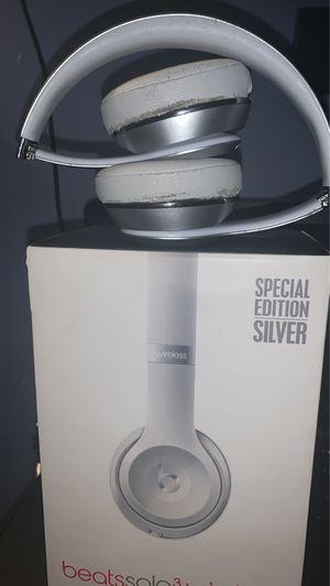 Beats Solo 3 BlueTooth for Sale in Upper Marlboro, MD