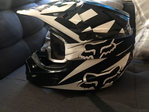 Fox dirt bike helmet for Sale in Whittier, CA