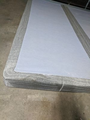 QUEEN SIZE LOW PROFILE BOX SPRING for Sale in Fresno, CA