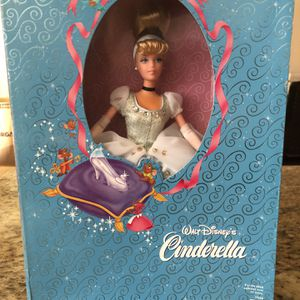 Walt Disney Cinderella Doll - 1998 for Sale in San Antonio, TX