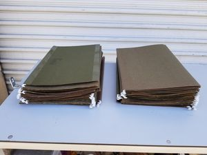 """50 Business Hanging Green Folders legal size 8.50"""" x 14"""" different brands for Sale in Pomona, CA"""