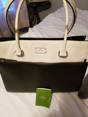 Barely used kate spade large tote for Sale in Penndel, PA