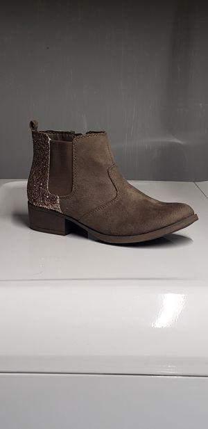 girl boots for Sale in Hemet, CA