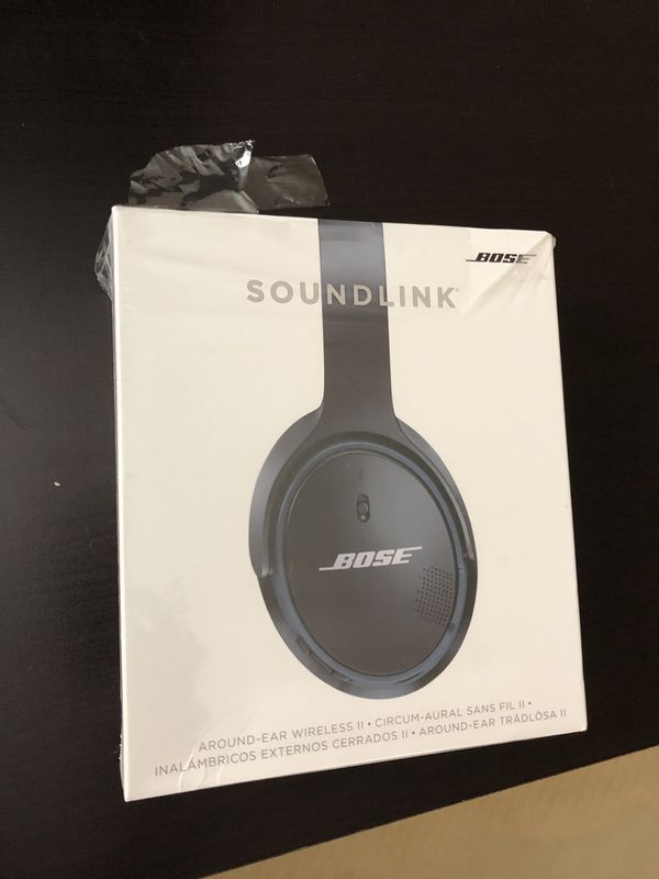 Bose SoundLink around ear wireless headphones II black color in OEM box and excellent condition