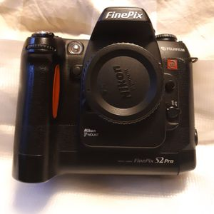 Fuji finepix s2 pro dslr camera body for Sale in Seattle, WA