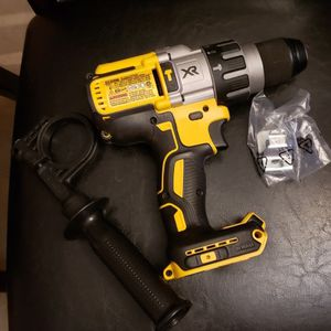 Hammer drill dewalt 20v Brushless XR 3 SPEED Nuevo TOOL ONLY NO CARGADOR NO BATERIA for Sale in Houston, TX